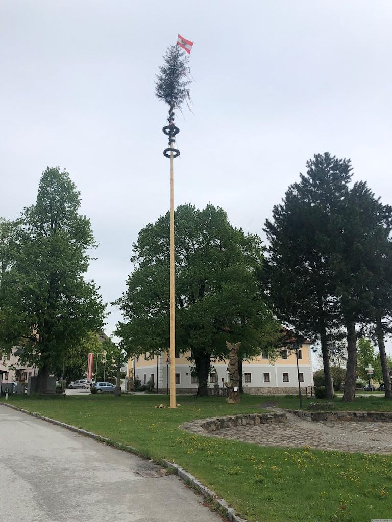 Maibaum Groß-Schönau