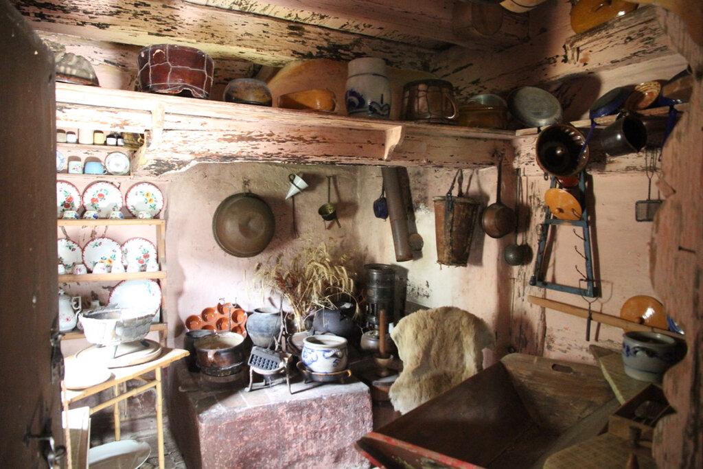 Der Küchenbereich im Topplerschlösschen
